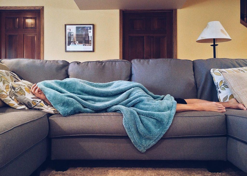 posisi tidur ibu hamik